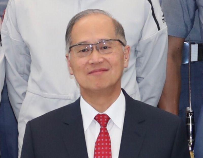 多家航空公司因中國大陸施壓將台灣更改為中國台灣,國安會祕書長李大維接受外媒專訪時表示,「我們將告訴民眾,那些航空公司向中國投降,你們可以選擇(是否搭乘)。」(中央社檔案照片)