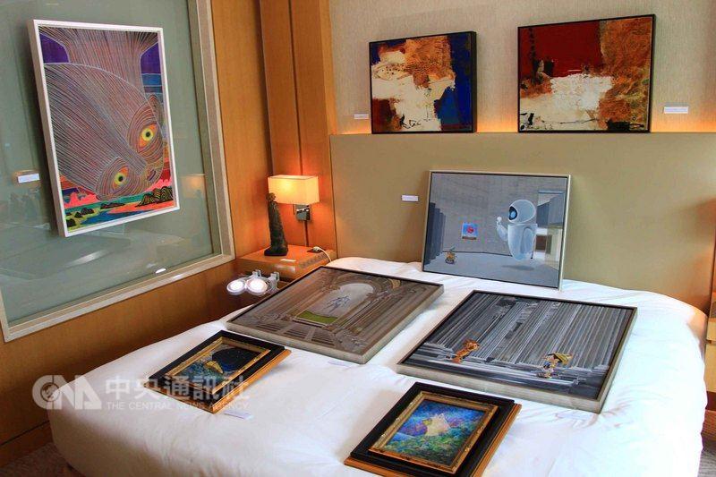 第6屆台中藝術博覽會7月20日至22日將在台中日月千禧酒店登場,匯集海內外61間畫廊300多名藝術家,展出雕塑、平面與裝置等作品,並採飯店型展會,讓觀者以最貼近生活的方式,完整感受藝術品的呈現。中央社記者蘇木春攝 107年7月5日