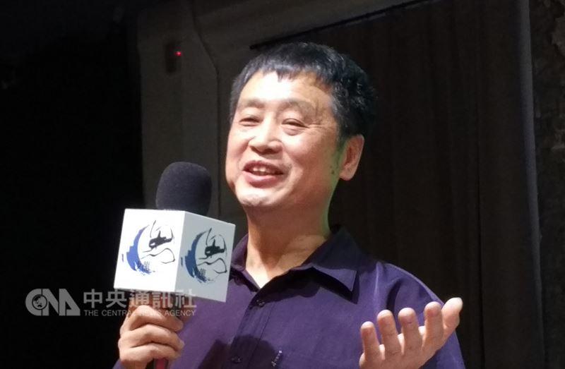 中國自由派學者徐友漁7日表示,中國如今是市場經濟,且公民社會已經誕生,文革如今不可能在中國100%地複製。但從個人崇拜及高壓再起的現況來看,文革正在回到中國的現實中。中央社記者邱國強台北攝107年7月7日