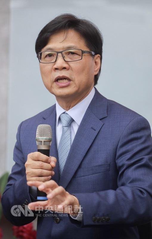 教育部長葉俊榮(圖)16日上任,上午在教育部出席記者會,對於台大校長人事案紛擾,他認為此案應該從教育的核心精神去看。中央社記者裴禛攝107年7月16日