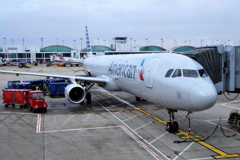 美國3大航空公司表示,正在修改系統,以因應中國要求變更對香港、澳門及台灣的稱呼。圖為美國航空班機。(圖取自Pixabay圖庫)