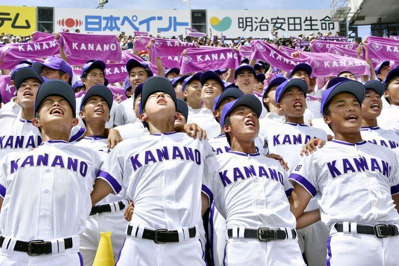 日本夏季甲子園賽金足農業高等學校20日以2比1力克日大三高,挺進冠軍賽。(共同社提供)