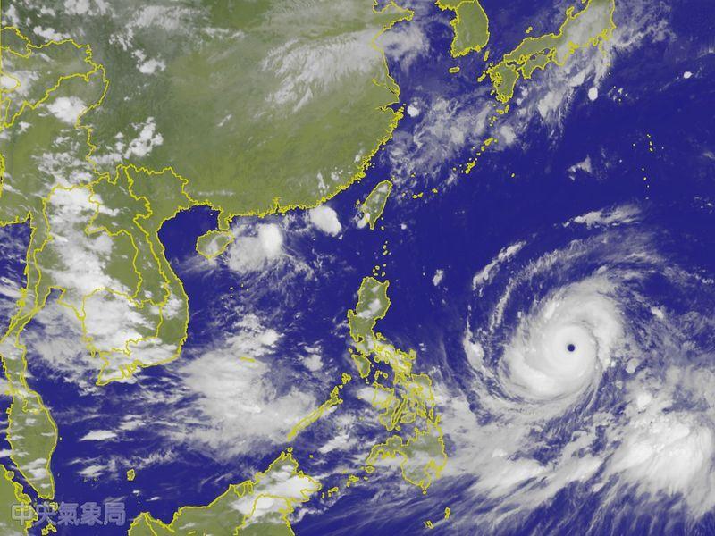 專家吳德榮表示,山竹颱風已經是強烈颱風等級,而且持續增強中,威力不容小覷。(圖取自中央氣象局網頁cwb.gov.tw)
